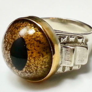j56-reptile-eye-ring