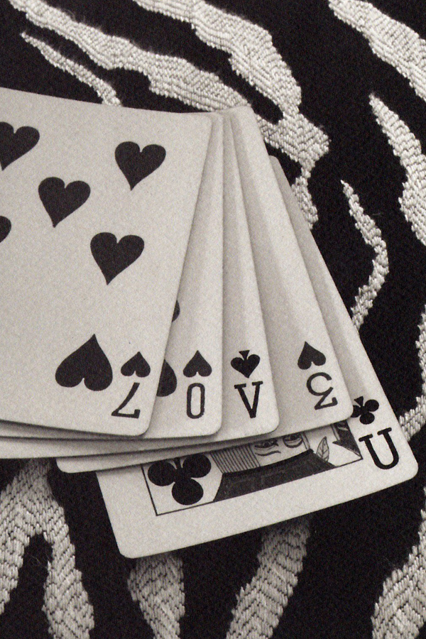 c437-love-you-playing-cards
